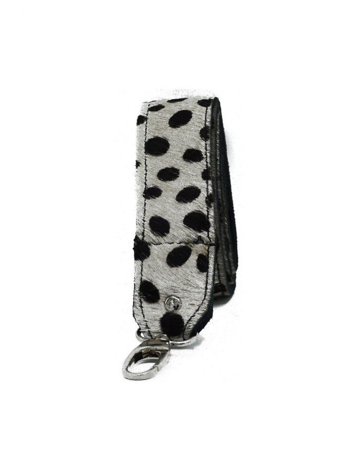 Bagstrap big cheetah dots black white