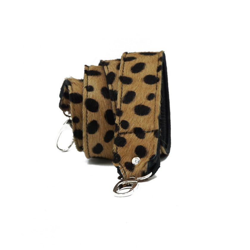 Bagstrap brown cheetah wild