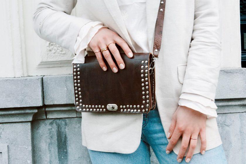 Bella bag square brown m + bagstrap single studs brown