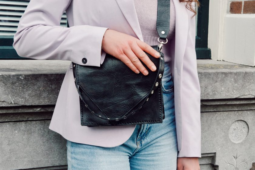 Criss Cross Bag + Bagstrap single holes short black