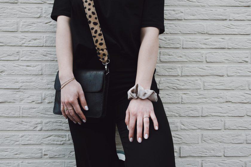 Brown cheetah bagstrap & city bag